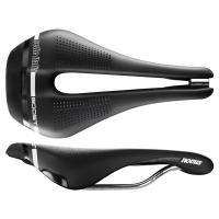 Selle Italia Novus Boost Superflow Siodełko triathlon czarne