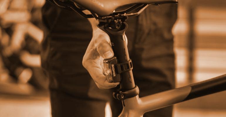 oświetlenie rowerowe to obowiązkowe wyposażenie roweru