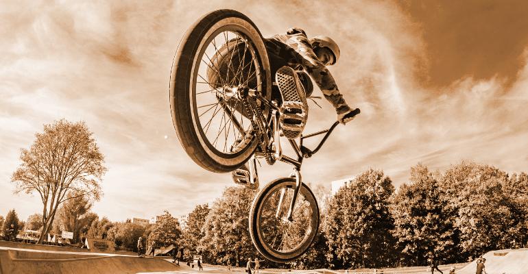 buty na bmx i inne sporty grawitacyjne na rowerze