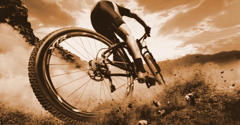 grupy osprzętu rowerowego w rowerze górskim
