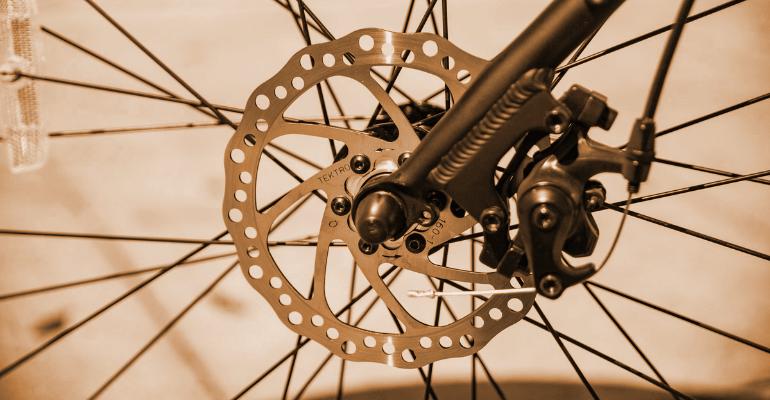 hamulce rowerowe mechaniczne są niezawodne i łatwe w obsłudze